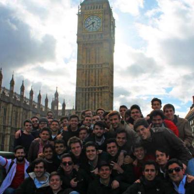 Viajes - Vida Colegial del real colegio mayor san bartolomé y santiago